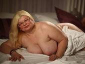 MadameBetty - mommylivecams.com