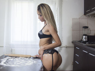 naked webcam girl video AnnaBellaaa