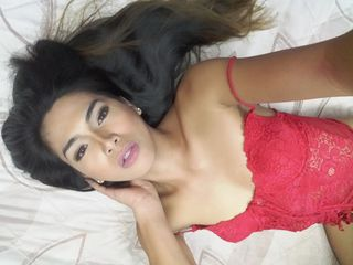 EmeraldLusT sex chat room