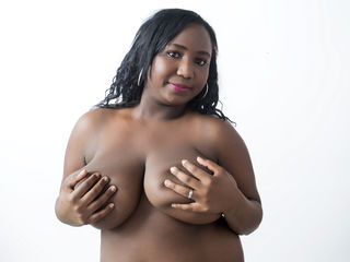 beautiful girlcam SWEETBLACKONE