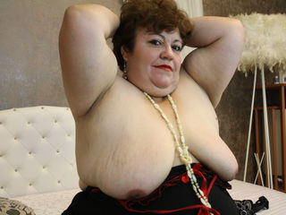 VIVO.webcam RubyDelice (44) MILF with huge breasts