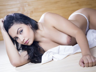 cam girl live webcam AntonellaFerrer