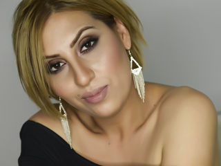 VickiSpice ,  girl Cams , I want you to kiss me. Love is made to be tasted.