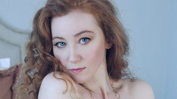 GingerJulia | Jasmin