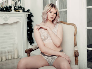 naughty camgirl MilanaFairy