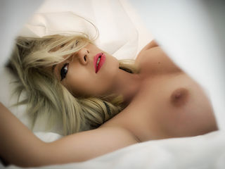 camgirl webcam sex picture SonyaGlam