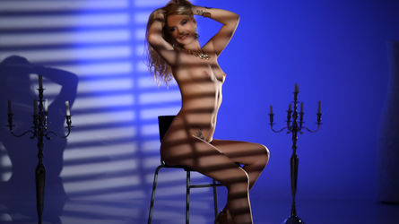 CecilyPeters | LiveJasmin