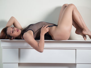 bedroom livesex AngellilSummers