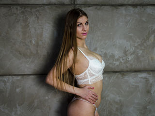 hot naked webcam girl NikkyCandy