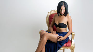 AllyBrito | Jasmin