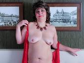 CurvyRita - webcamgirlslive.org