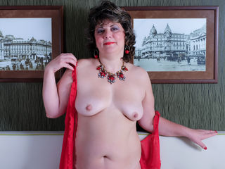 VIVO.webcam CurvyRita (45) MILF with big breasts