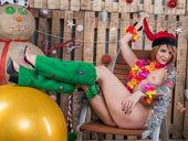 LaraMoor - pussyfuckcams.com