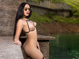 beautiful camgirl ConnieLee