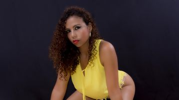 YeseniaRios | Jasmin