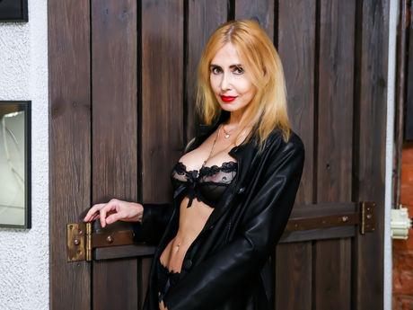 BlondySexyLadi | Gotporncams