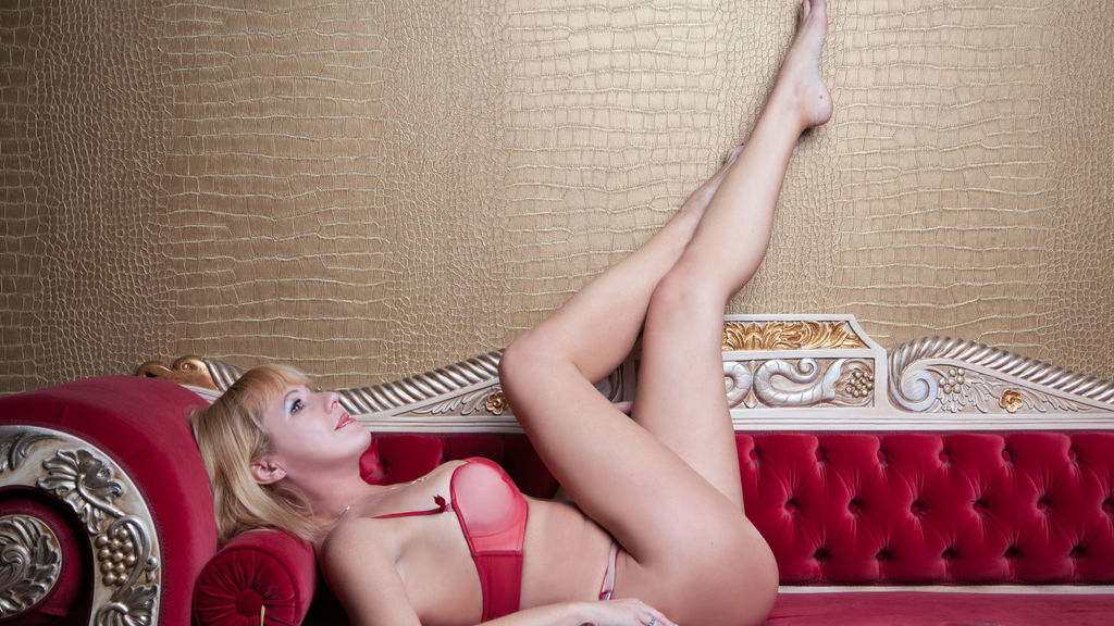 Watch the sexy 1MILF4U from LiveJasmin at GirlsOfJasmin