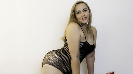 ScarlettRougee