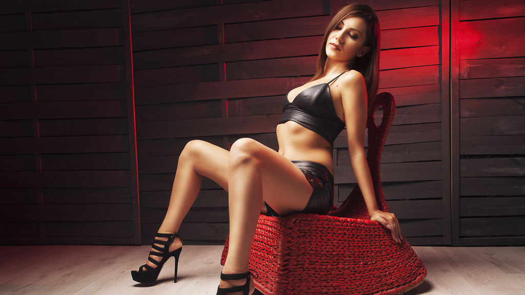 TanyaSin online at GirlsOfJasmin