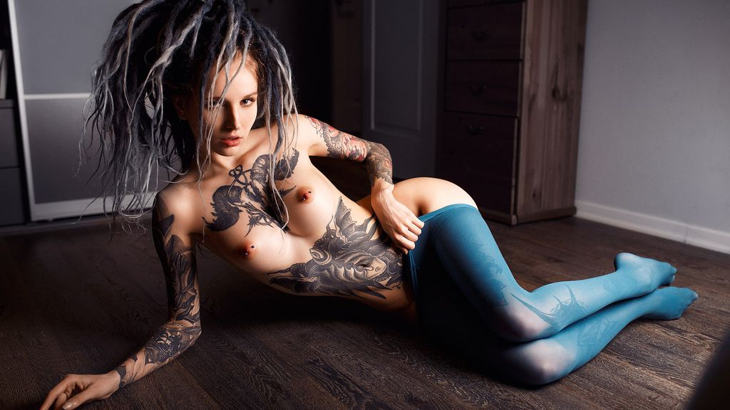 InkMeow online at GirlsOfJasmin