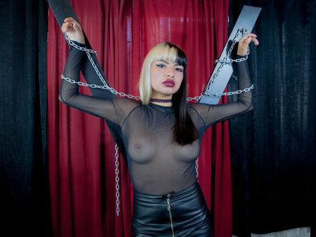 Live show with Mistress IvanaHogtie