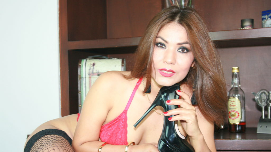 Watch the sexy SophiaHotLove from LiveJasmin at GirlsOfJasmin