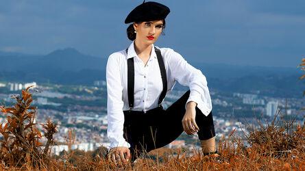 photo of AmelieBennett