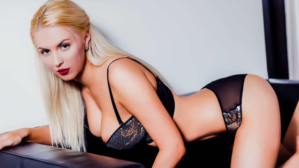 HornyBlonde1's profile from LiveJasmin at PULA.ws'
