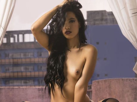 AngelinaBrucee