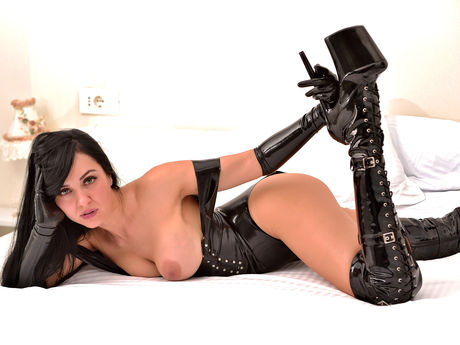Live show with Mistress 0AngelNoble0