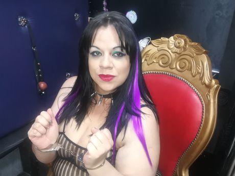Live show with Mistress kinkydirtyx