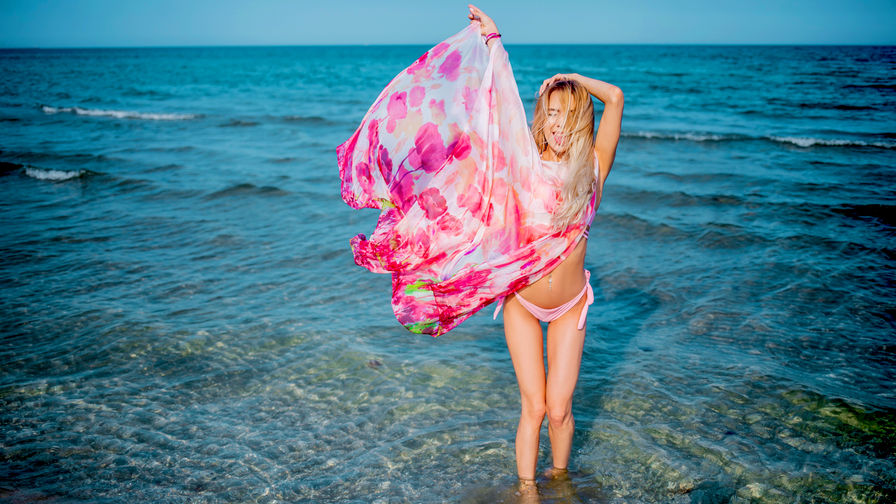CarolineMayer's profile picture – Girl on LiveJasmin