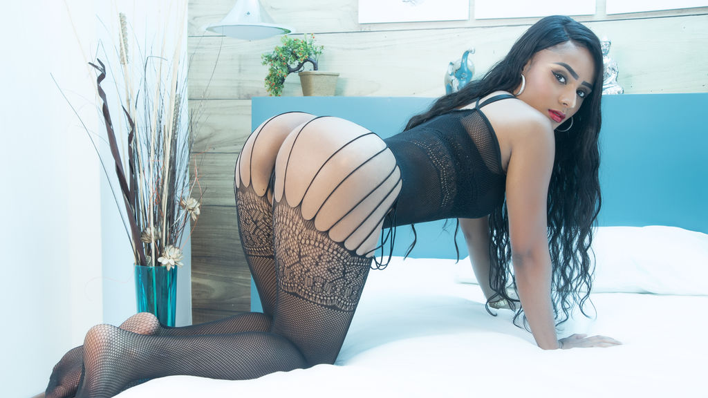 Watch the sexy valeriecollins from LiveJasmin at GirlsOfJasmin