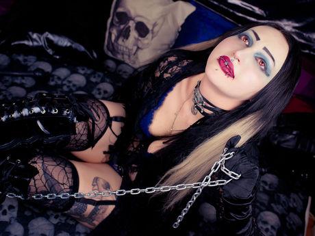 Live show with Mistress AmazanthaVamp