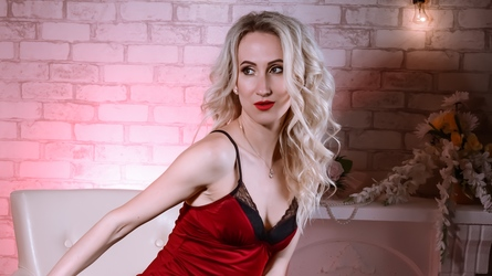 photo of NicoleAyrton