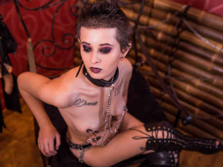 Live show with Mistress BadKimbra