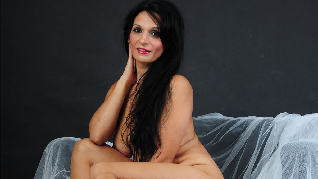 Watch the sexy BeautyoftheWeb from LiveJasmin at GirlsOfJasmin