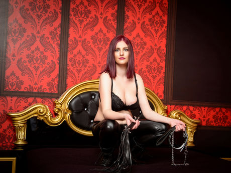 Live show with Mistress MissBrunhilda