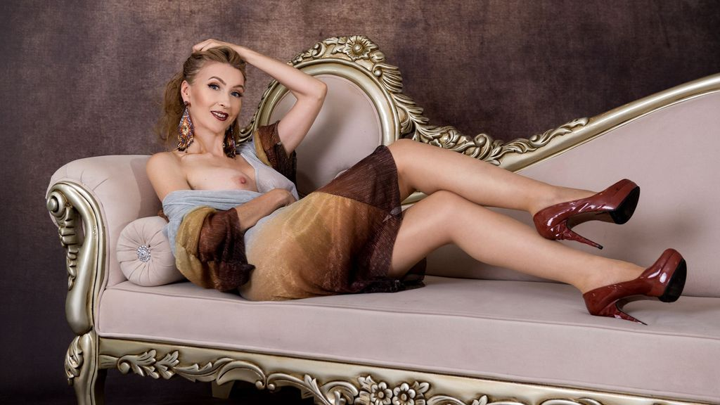 Watch the sexy LadyLeea from LiveJasmin at GirlsOfJasmin