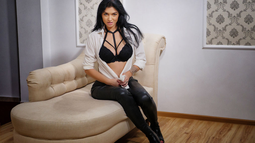Watch the sexy BlackFreya from LiveJasmin at GirlsOfJasmin