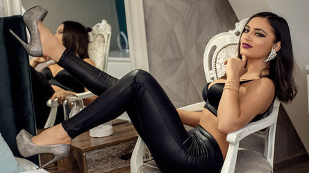 LaylaCherrye