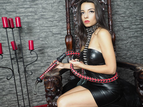 Live show with Mistress KiaraKlimm