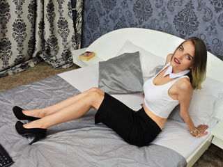 Cam to Cam Live Show with LadyIzabelle