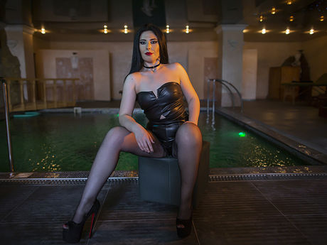 Live show with Mistress StefannyeDomme