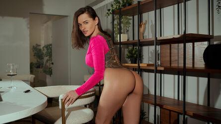 photo of LarissaStone