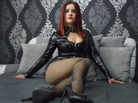 Live show with Mistress JuliaTheMiss