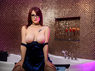 Cam to Cam Live Show with KarlaMuse