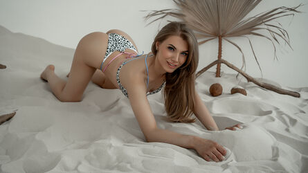 photo of LolaBritton